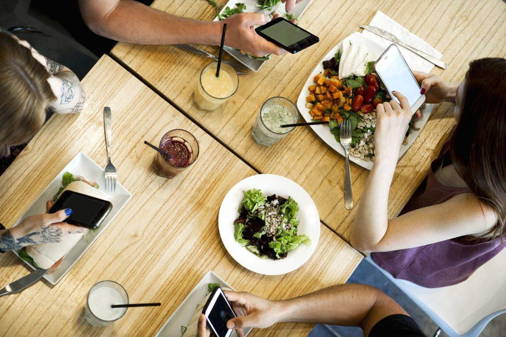 نرم افزار رستوران تحت موبایل